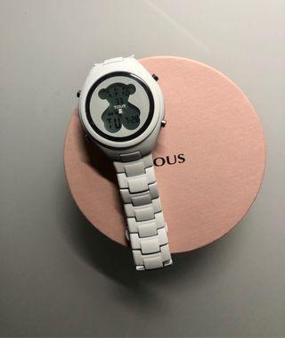 Reloj digital blanco