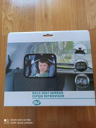 Espejo retrovisor para vigilar al bebé en el coche