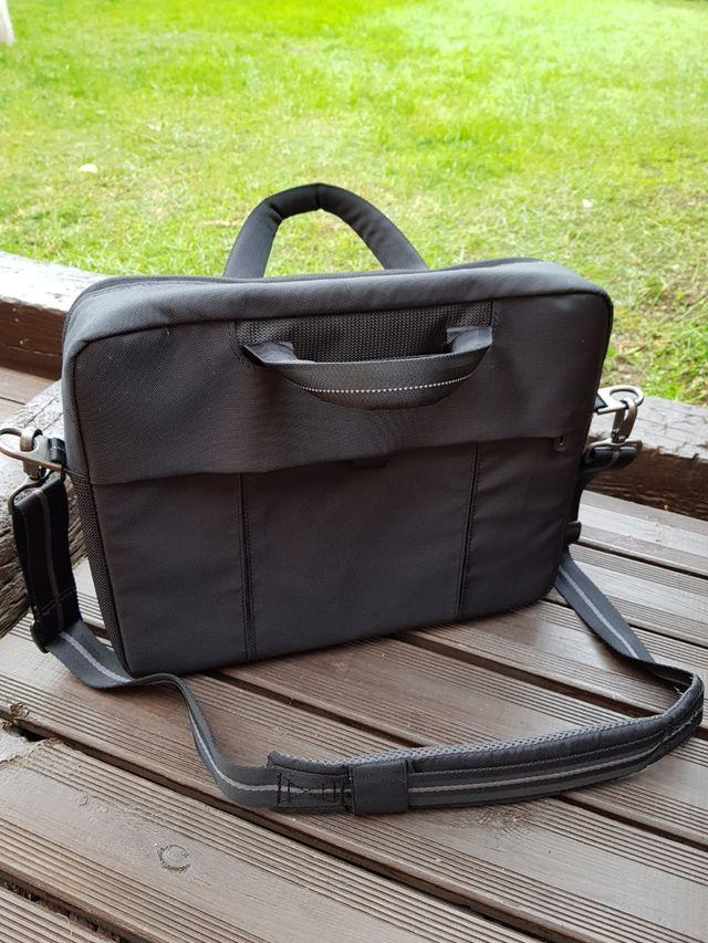 Dell maletín portátil hasta 15,6 pulgadas