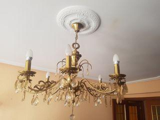Elegante lampara de techo.