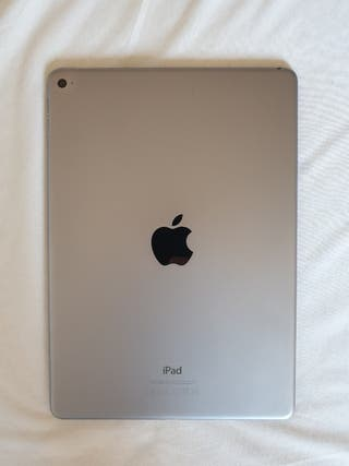 iPad Air 2 64 Gb + funda Apple + funda con teclado