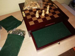 Caja con tablero de ajedrez