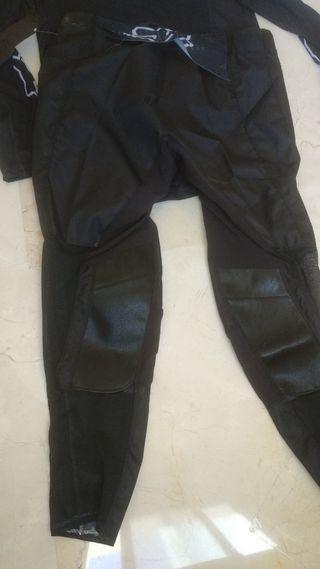 traje de motocross Fox