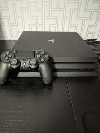 PS4 PRO 1TB + MANDO + 3 Juegos