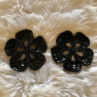 Pair of Black Flower Sequinned Beaded New Patch
