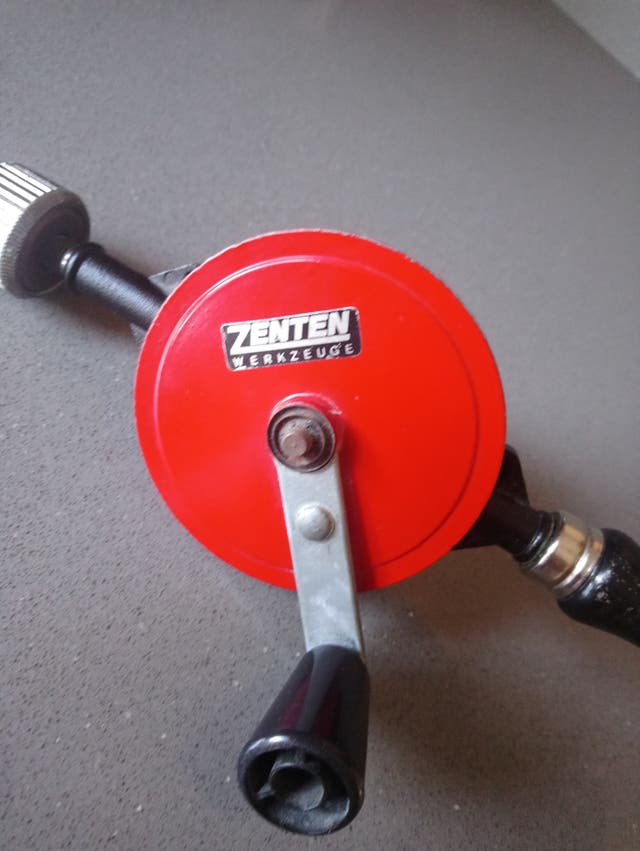 Taladro manual Zenten mini