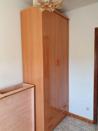 Armario dormitorio URGE VENDER