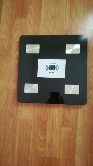 Bascula medidora de grasa corporal