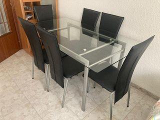 Mesa de cristal y 6 sillas