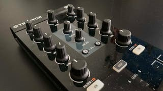 KONTROL Z1 de NATIVE INSTRUMENTS para DJ