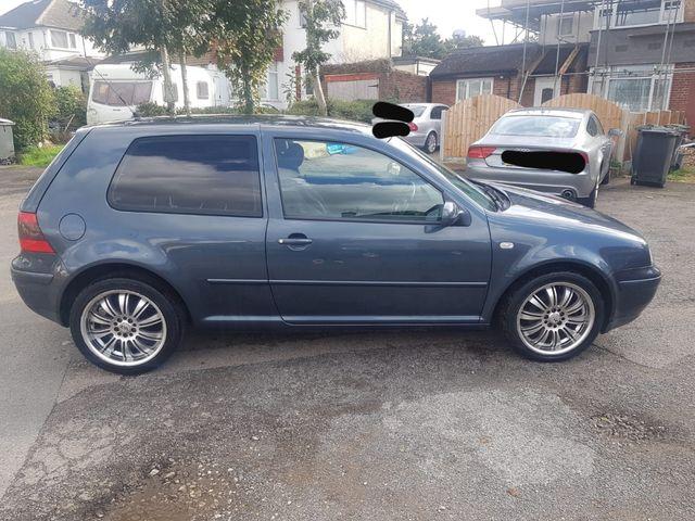 Volkswagen Golf 2003