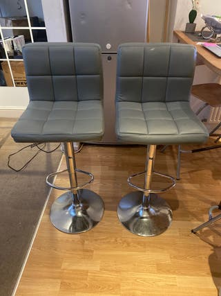 Grey stand chairs