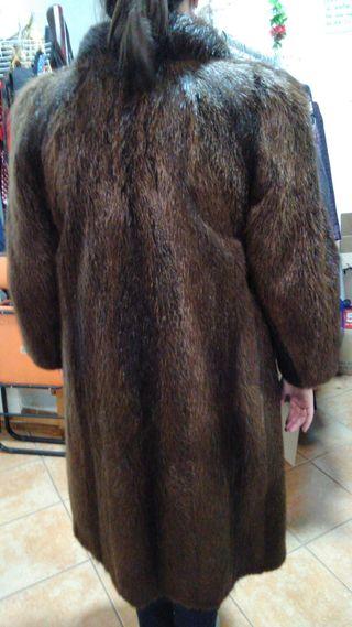 Abrigo de piel nutria