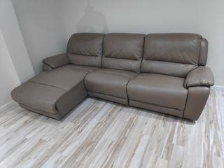 Sofá chaiselongue de piel con relax