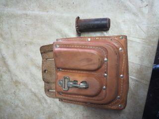 Porta herramientas de cuero y protector escarpas