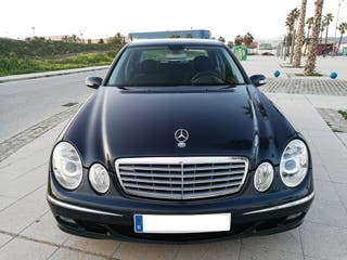 Mercedes E200 kompressor nacional libro revisione
