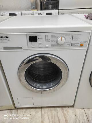 lavadora Miele semi nueva