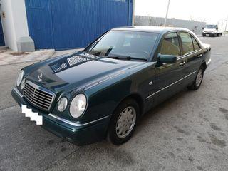Mercedes-Benz Clase E 240 V6 GASOLINA 170 CV NUEVO