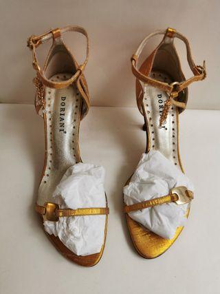 sandalia doriani M2683 oro y plata