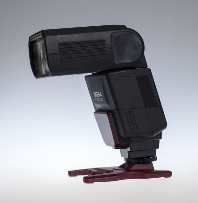 Flash SIGMA EF 610 DG ST para Canon