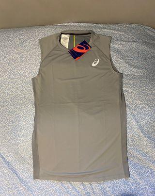 Camiseta tirantes asics ( ajustada)