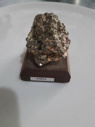 piedra PYRITE preciosa