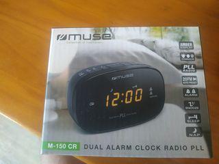 Reloj despertador+radio. Nuevo!!