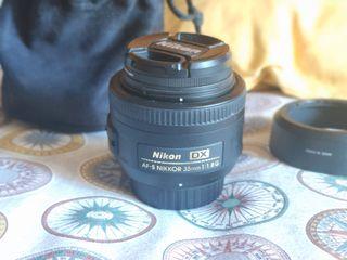 Filtro y objetivo Nikon AF-S DX Nikkor 35mm f/1.8G