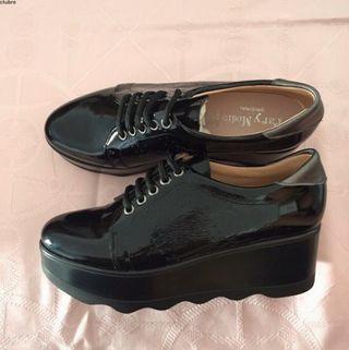 Zapatos negros de piel hechos en españa. NUEVOS