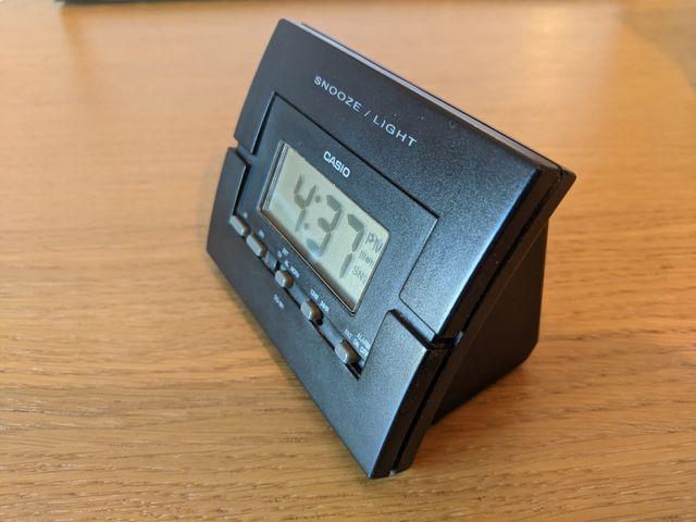 Despertador Casio DQ-581