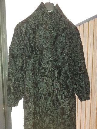 Abrigo de piel de astrakán