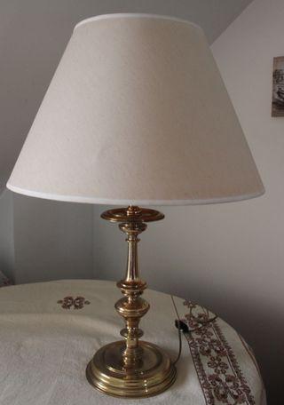 Fantastica lampara de bronce y laton