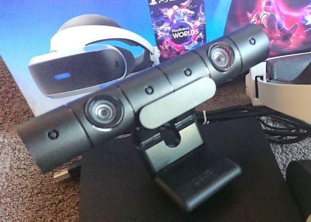 PS4 PSVR V2 Bundle VR Camera Headset 2 Games PS4VR