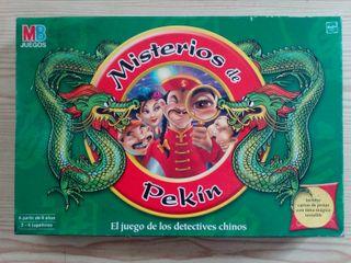Juego De Mesa Misterios De Pekin - 2002 - MB