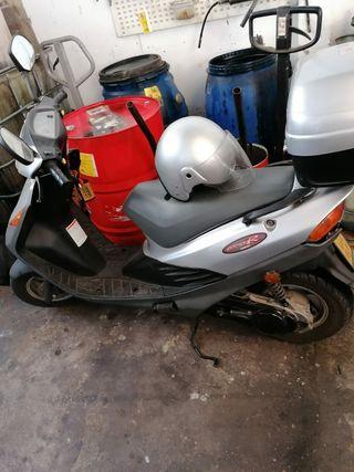 Se vende Suzuki Adress