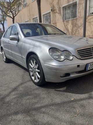Mercedes-Benz Clase C 2003