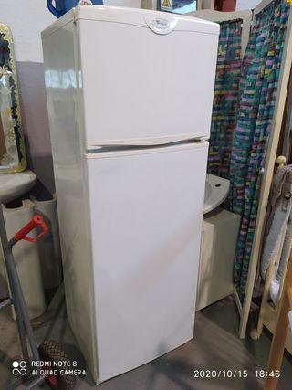 frigorífico whirpool 1,60 aproximadamente