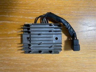 Regulador eléctrico Suzuki Gsxr 600/750