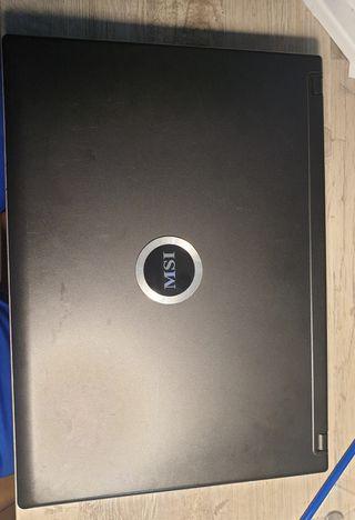 Portátil MS-163C 2 GB RAM 120 GB DISCO DURO