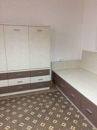 Dormitorio juvenil: litera, cama, armario y mesa