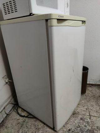 frigorífico pequeño