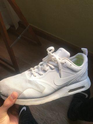 Nike Air Max Tavas Blancas