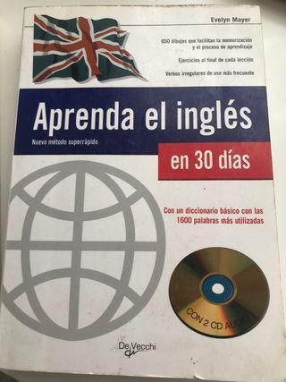 Libro de inglés . Incluye todos los CDS .