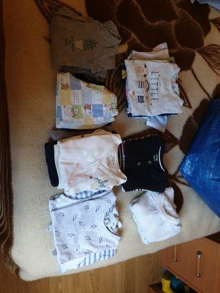 Vendo ropa de bebé de verano