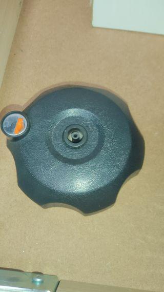Tapón con llave deposito SUZUKI DRZ 400