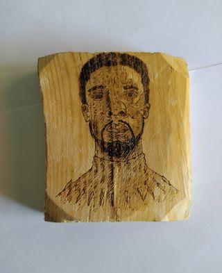 Pirograbación Chadwick Boseman, grabado de madera