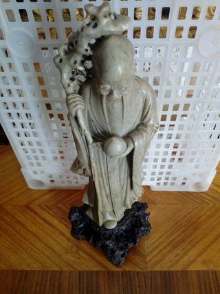 figura tallada . sabio chino