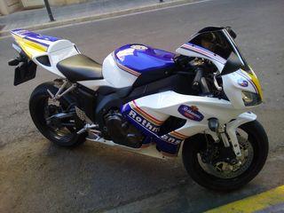 Honda CBR 1000rr 2006