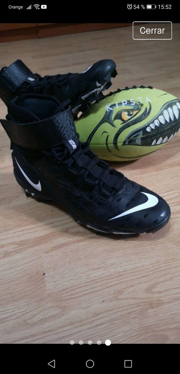 nombre Pedir prestado trigo  Botas fútbol americano Nike de segunda mano por 85 € en Barcelona en  WALLAPOP