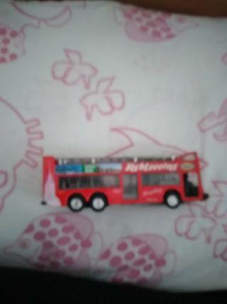 autobus de juguete